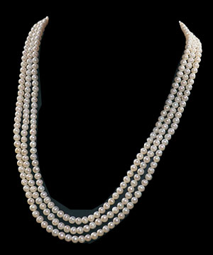 Three Line Swati Pearl Necklace