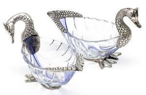 Metal Crafts-Beautiful Swan Shaped Bowl Set