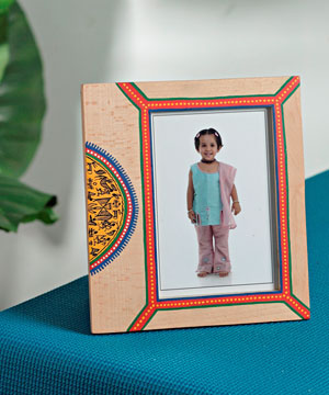 Artifacts-Ethnic Wooden Photo Frame