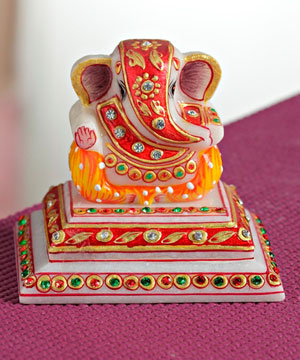 Marble Chowki Ganesha with Kundan Work
