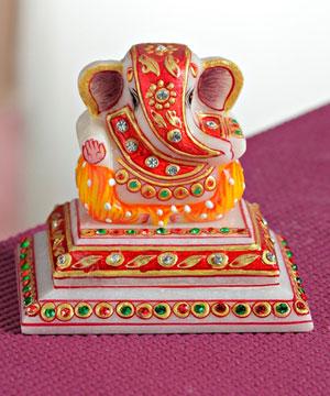 Marble Idols-Marble Chowki Ganesha with Kundan Work