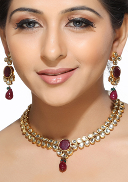 White Tear Drop Kundans and Rubies Necklace Set