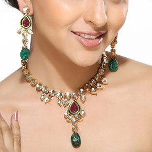 Tear Drop Ruby and Emerald Beads Necklace Set