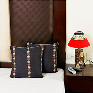 Hand Embroidered Decorative Silk Cushion Cover Set