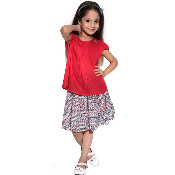 Red Top and Garlic Skirt Set