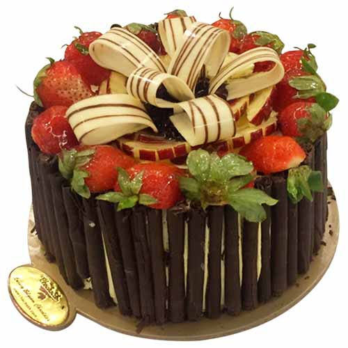 Chocholik Chef's Special Fruit Cake - Chandigarh Special