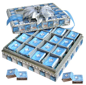 Blue N Silver Crystal Box with sugar free Choco