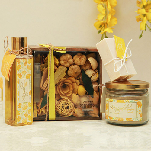 Beauty & Spa Hampers-Hair Spa Gift with Potpourri