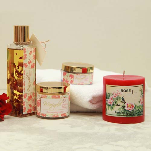Spa Hamper with Scented rose candle