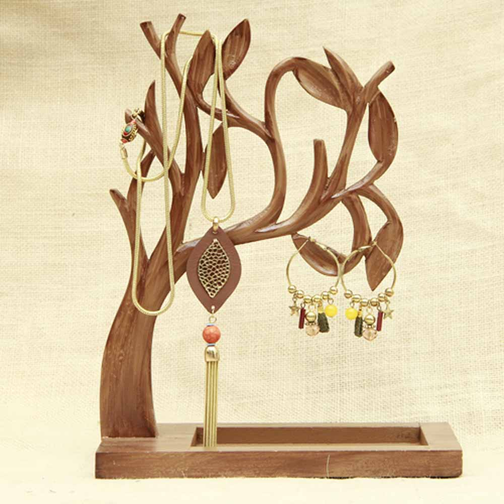 Stylish Jwelry Tree with Neckpiece and Earrings