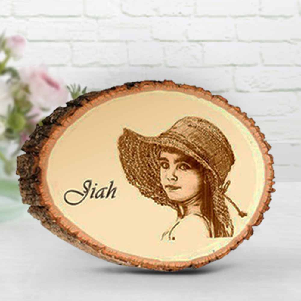 Personalized Round Plaque with Engraved Photo on Natural Wood