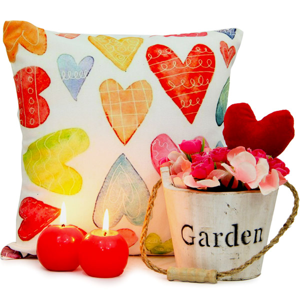 Stuffed Toys Gift Hampers-Flower Arrangement N Cushion