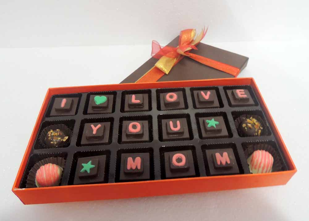 Velvet Fine Chocolates' I Love you Mom Box