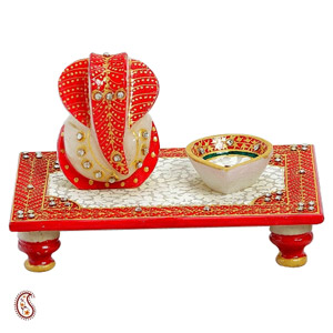 Rectangle Chowki with Ganapati and Diya