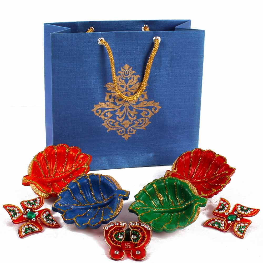 Earthen Diyas with Shubh Swastika and Shubh Pagla with Diwali Wishes Card