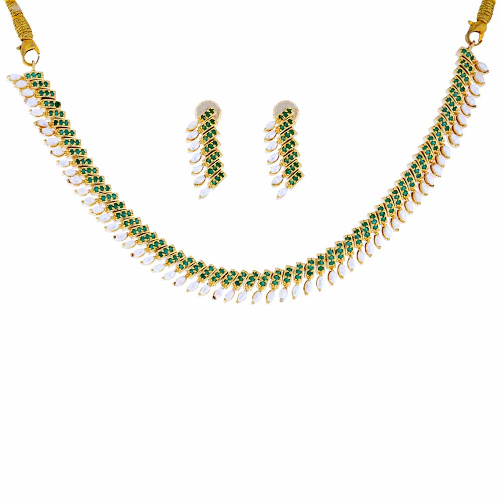 Jewelry-Emerald Semi Precious Pearls Necklace