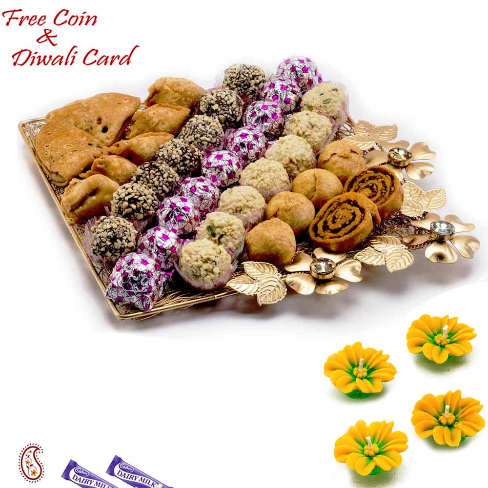 Premium Assorted Namkeen & Sweets Pack