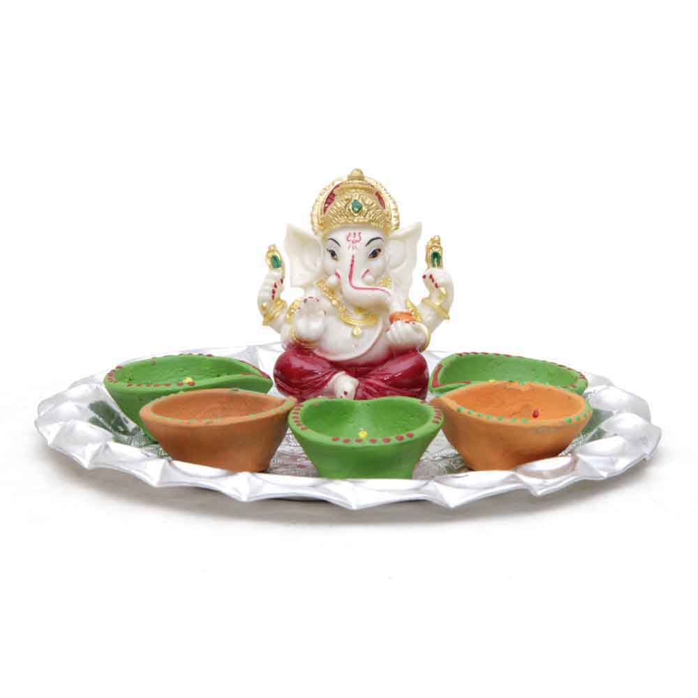 Ganesha Idol & Candle with Attractive Tray for Decoration