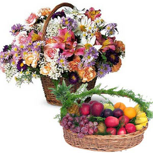 Floral Fruity Hamper