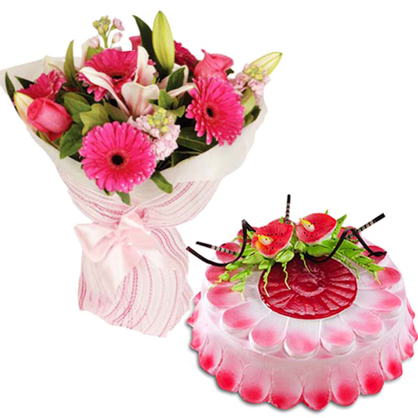 Cakes & Flowers-Delicious Pinky Treat