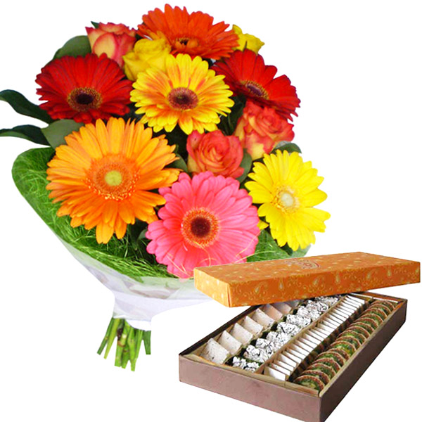 Delicious Sweets with Colorful Gerberas N Roses