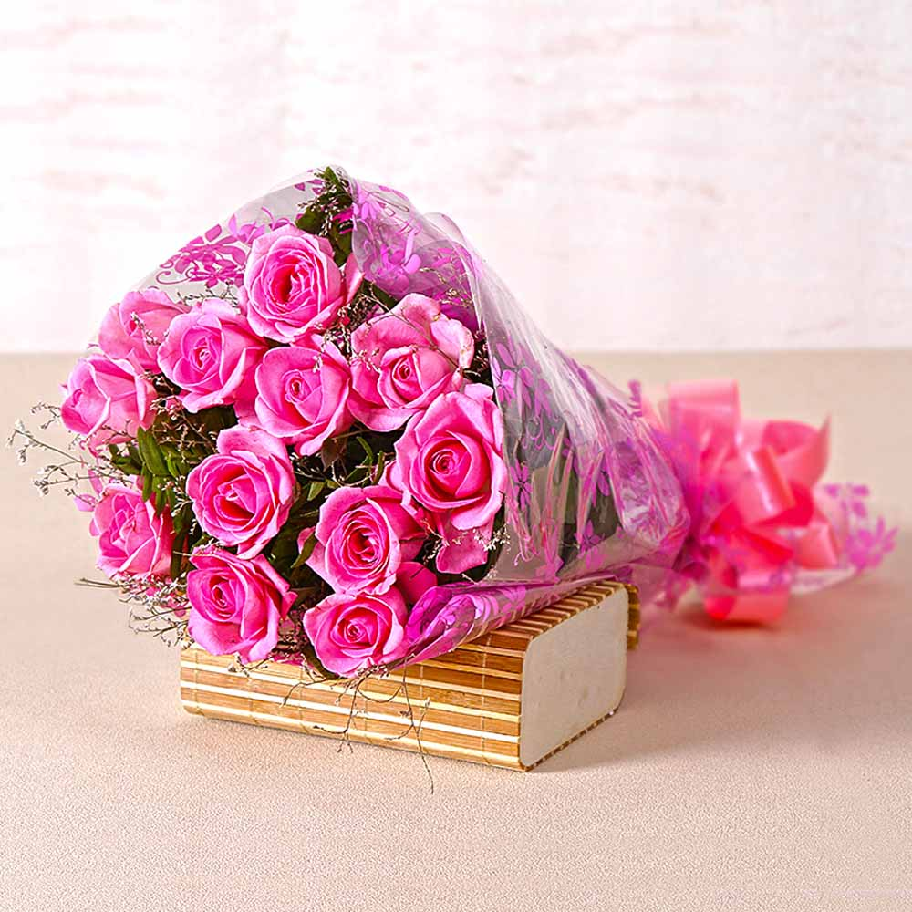 Bunch of Twelve Pink Roses