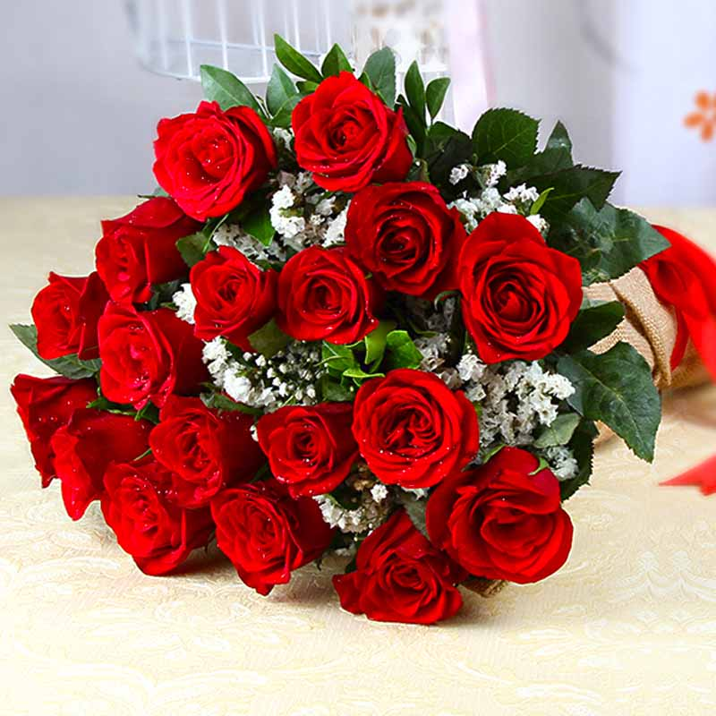 Fresh Eighteen Romantic Red Roses Bunch