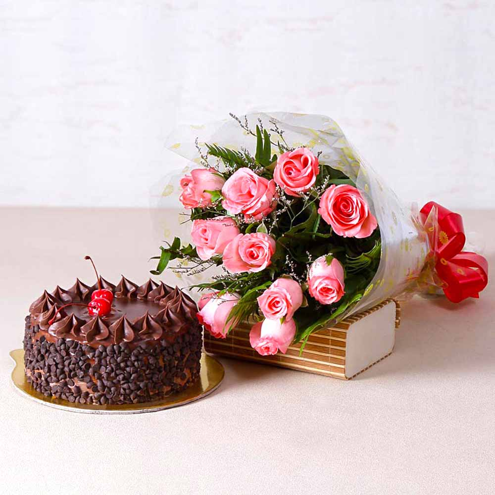 Cakes & Flowers-Ten Pink Roses with Choco Chips Chocolate Cake