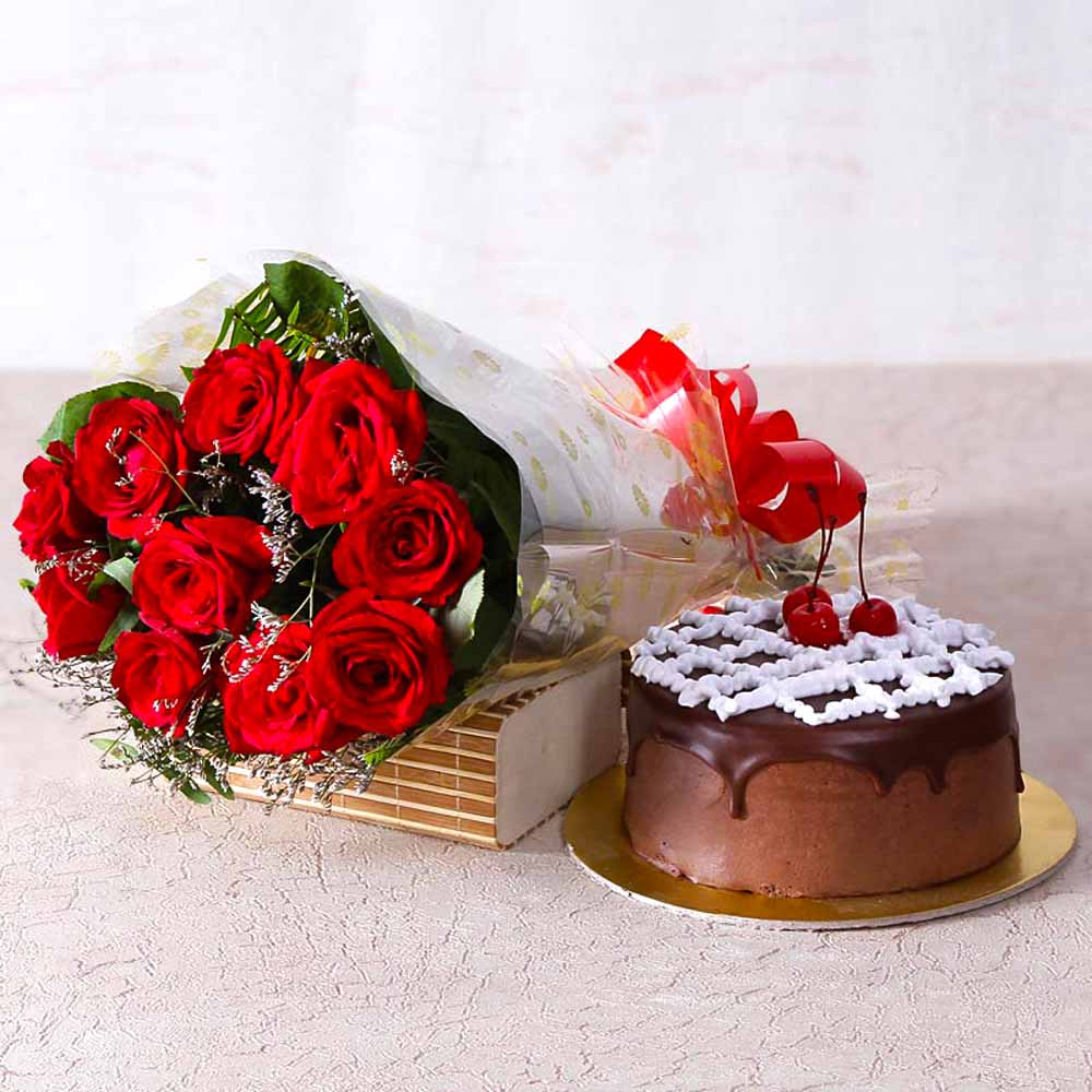 Delicious Chocolate Cake with Ten Red Roses Bunch