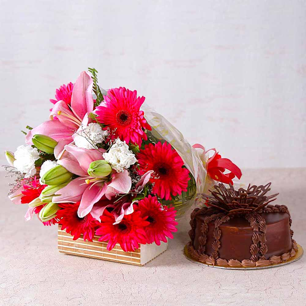 Pink Lilies and Gerberas Bouquet with Chocolate Cake