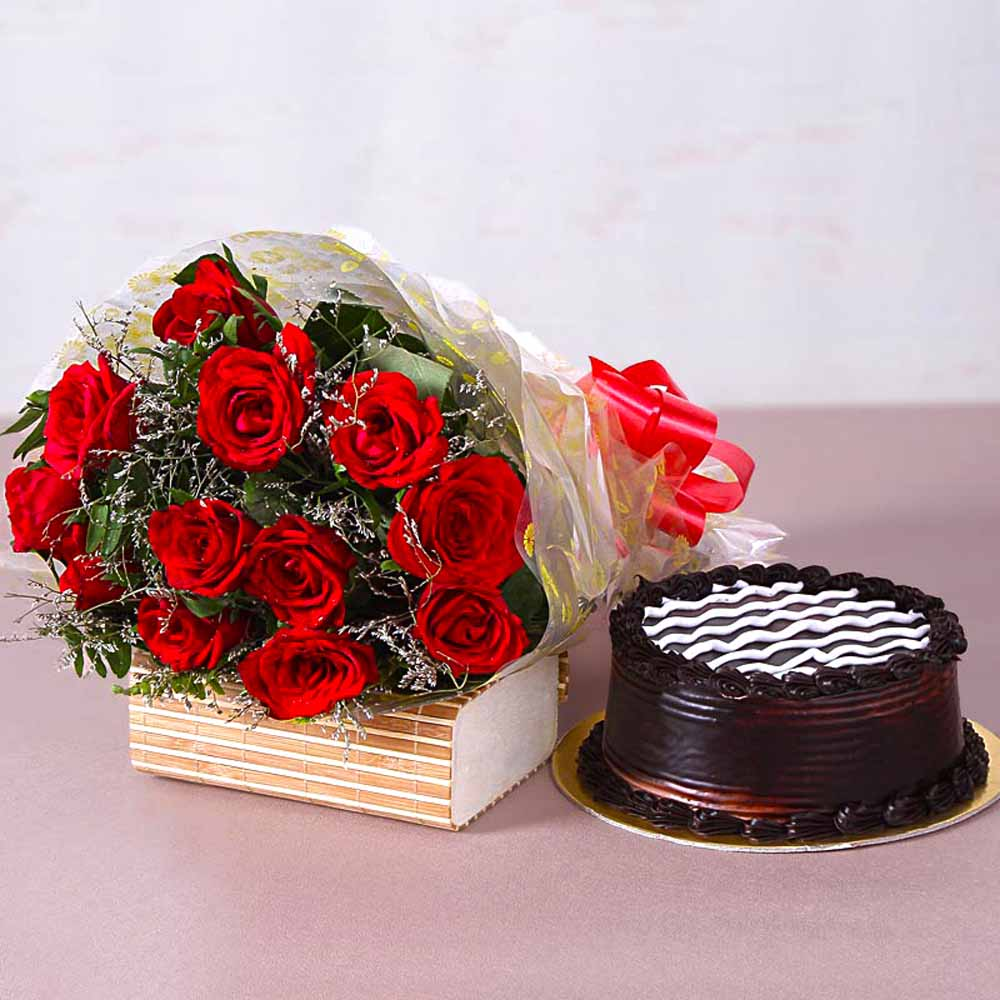 Cakes & Flowers-Twelve Red Roses Bunch with Yummy Chocolate Cake