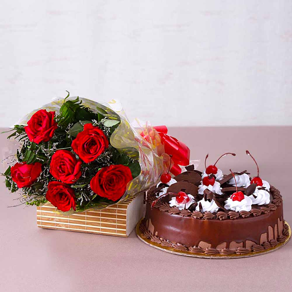 Cakes & Flowers-Anniversary Combo of Red Roses and Cake