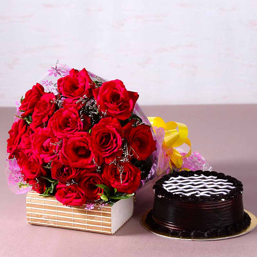 Cakes & Flowers-Yummy Chocolate Cake with Bouquet of 20 Red Roses