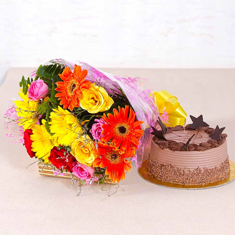 Assorted 15 flowers Bunch with Chocolate Cake