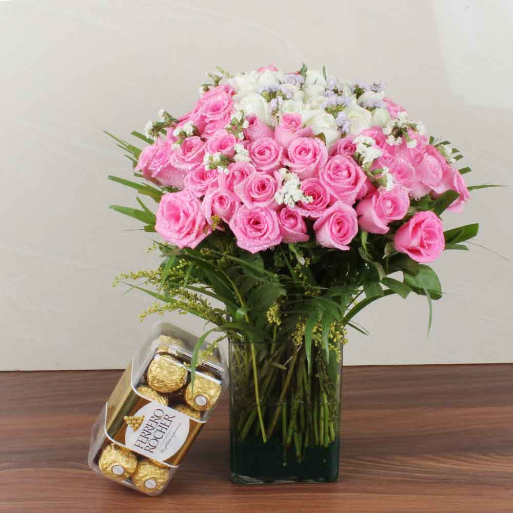 Mix Fresh Roses Glass Vase with Ferrero Rocher Chocolate Box