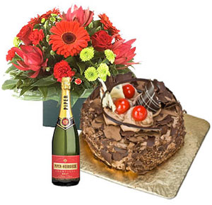 Wine Flower Hampers-Flowers, Cake N Champagne