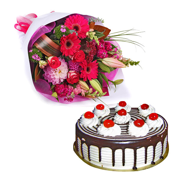 Flowers N Cake Arrangement - Father's Day Gifts