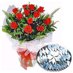 Kaju Katli N Red Roses