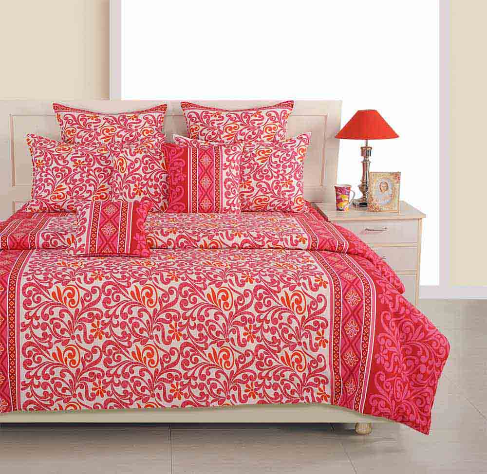 Swayam Pink and White Colour Floral Bed Sheet with Pillow Covers