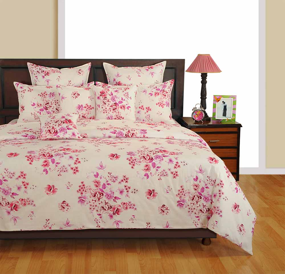 Swayam Off White and Magenta Colour Floral Bed Sheet with Pillow Covers