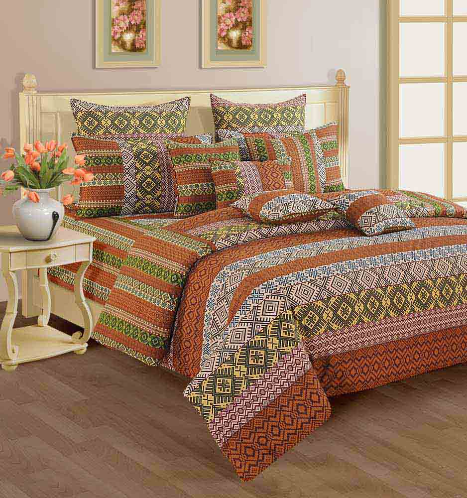 Swayam Rust and Beige Colour Geometrical Pattern Bed Sheet with Pillow Covers