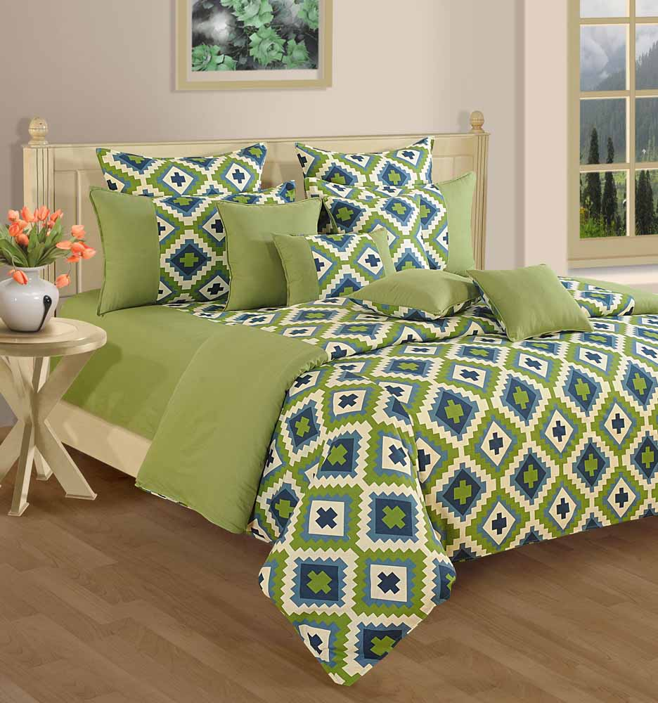 Bedsheets-Swayam Green and Purple Colour Geometrical Pattern Bed Sheet with Pillow Covers