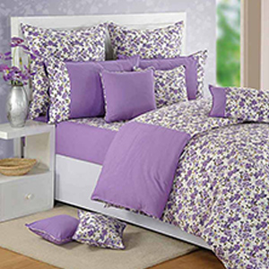 Swayam Purple and White Colour Floral Bed Sheet with Pillow Covers