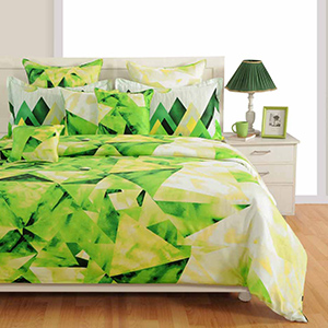 Swayam White and Green Colour Geometrical Pattern Bed Sheet with Pillow Covers