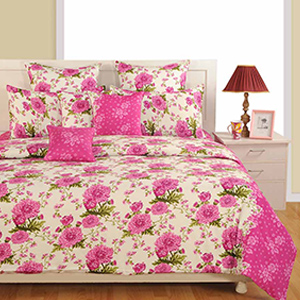 Swayam Magenta and Off White Colour Floral Bed Sheet with Pillow Covers