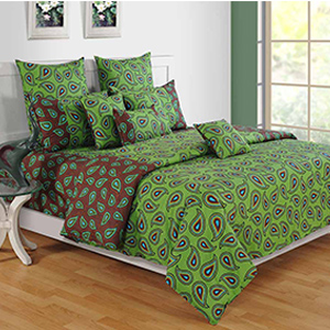 Swayam Green and Brown Colour Leaf Pattern Bed Sheet with Pillow Covers