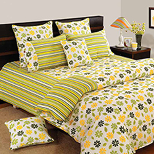 Swayam Yellow and Green Colour Floral Bed Sheet with Pillow Covers