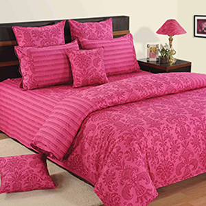 Swayam Pink and Magenta Colour Floral Bed Sheet with Pillow Covers