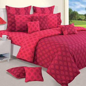 Classy & Traditional Print Double Bedsheet & Comforter Set