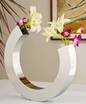 Horse Shoe Flower Vase